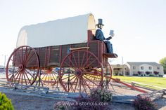 Lincoln, IL - 2014 : The Railsplitter Covered Wagon, a huge wagon with a giant statue of Abe Lincoln, is a must see in Lincoln.