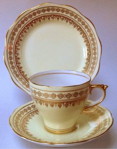 Roslyn British Vintage China Tea cup Saucer Plate Trio Gold