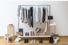 How to Create a Minimalist Capsule Wardrobe