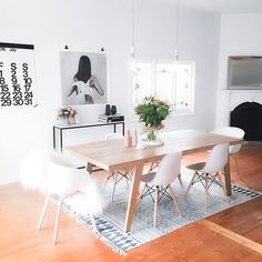Strategies for The Best Minimalist Dining Room Decor Ideas That You Can Use Starting Today - kindledesignhome Classic Dining Room, Minimalist Dining Room, Elegant Dining Room, Dining Room Design, Home Design, Home Office Design, Design Ideas, Home Interior, Interior Design