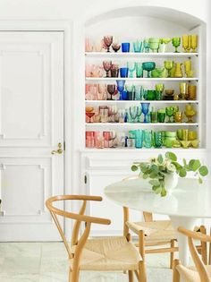 The Top 2021 Home Trends According to Designers and Search Trends | HGTV Modern Rustic Homes, Rustic Home Design, Painting Trim, Home Trends, Indoor Outdoor Living, White Walls, White Rooms, Picture Design, Kitchen Remodel