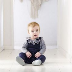 Unisex design Eco Baby, Eco Friendly Fashion, Baby Warmer, Sustainable Clothing, Teaching Kids, Unisex, Chic, Design, Sustainable Clothes