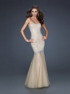 Mermaid/Trumpet Strapless Sequins Zipper Up Prom Dress With Beaded PD09A7
