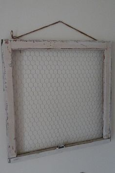 Vintage window frame with chicken wire backing to display your favs! It hangs with two rustic wire hangers and twine rope. Measures approximately Note old windows vary in size But will be proximity in size Door Picture Frame, Picture Frame Projects, Old Window Projects, Picture On Wood, Chicken Wire Crafts, Chicken Wire Frame, Diy Jewelry Holder, Vintage Windows, Antique Windows