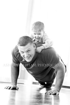 This pose will get both Dad and the kids smiling and giggling!