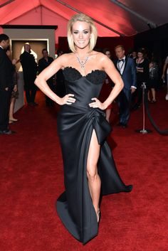Sleek and Standout Looks From the 2016 Grammy Awards Red Carpet