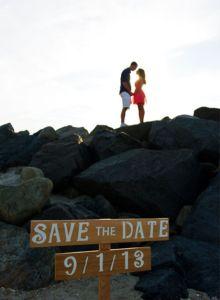 """50 """"Save the Date""""Photo Ideas   Random Tuesdays"""