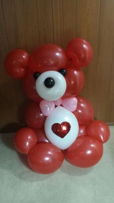 Balloonsandbeyond.net  3' tall Teddy Bear