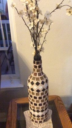 Really big wine bottle turned into a mosaic vase by McMahon . Wine Bottle Vases, Old Wine Bottles, Recycled Wine Bottles, Painted Wine Bottles, Diy Bottle, Wine Bottle Crafts, Bottle Art, Glass Bottles, Decorated Bottles