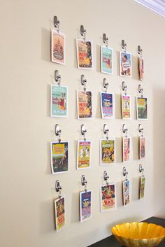 3M command hooks & clips to display postcards - Hm, do I want to do this or rather find a solution with a wire or string and only a couple of hooks?