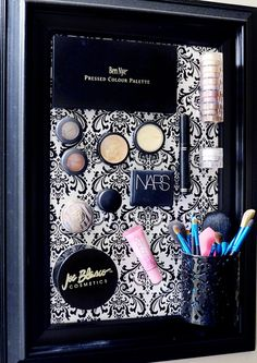 Magnetic Makeup Board... 7 Unconventional Ways to Organize Your Beauty Products via @byrdiebeauty