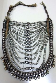 Necklace - Yafi - Yemen | ©Peter Hoesli, via ethnic jewels