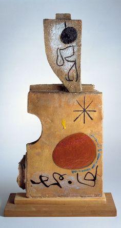 Personnage double face by Joan Miro 1956 Joan Miro Pinturas, Joan Miro Paintings, Spanish Painters, Art Moderne, Ceramic Art, Art Lessons, Sculpture Art, Collages, Modern Art