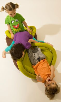 """Creative and innovative sleeping bag designed by Oradaria can be easily transformed into a pillow , mattress, chair , or a blanket . Made for kids and adults, """"Blandito"""" is . Sleeping Bag, Multifunctional, Lazy, Children, Kids, Behance, Creative, Crafts, Bean Bag"""