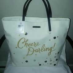 ????HOT NEW LARGE KATE SPADE TOTE BAG???????? ????????BRAND NEW AUTHENTIC SUPER CUTE KATE SPADE LARGE TOTE BAG PURSE FABULOUS.??PLEASE REASONABLE OFFERS ONLY.100% AUTHENTIC GUARANTEED. KATE SPADE Bags Totes