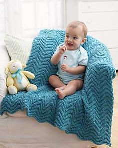 This textured ripple baby blanket is a quick knit and is reversible (with no right side and wrong side).