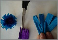 Papierblumen blau1 Tutorials, Dressmaking, Gifts, Communion