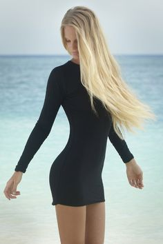 Caribbean Mini Dress Night | www.thegirlandthewater.com