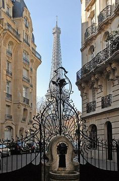 2 - Art nouveau gates leading to the Eiffel Tower, Paris, France Paris France, Paris 3, I Love Paris, France Art, France Europe, Montmartre Paris, Tour Eiffel, Torre Eiffel Paris, Art Nouveau