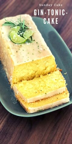 Gin-Tonic-Cake The gin and tonic cake is refined with rosemary and soaked with a gin and tonic mixture after baking. So it is nice and juicy and has a lot of punch. Gin Tonic, Gin And Tonic Cake, Food Cakes, Cake Recipes, Dessert Recipes, Baking Recipes, Nutella, Food And Drink, Sweets