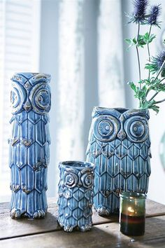I love this ceramic owl vase in beautiful glossy blue with distressed metallic finish by Creative co-op. The vase comes in three dif. Ceramic Owl, Ceramic Vase, Owl Mosaic, Vases, Owl Always Love You, Wise Owl, Floral Supplies, Owl Bird, Owl House