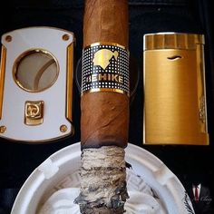 Great Behike picture via @world.of.cigars #classy #cigars #behike #l4l by men.are.classy
