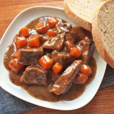 Pot Roast, Cheesecake, Yummy Food, Ethnic Recipes, Food Ideas, Cooking, Carne Asada, Roast Beef, Delicious Food