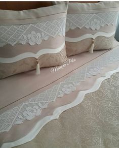 Dantel yatak takımı modeller Diy Pillows, Sofa Pillows, Cushions, Sheet Curtains, Ornaments Design, Bed Covers, Bed Spreads, Home Textile, Girls Bedroom