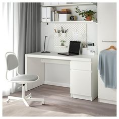 MALM Desk, white, 55 A clean design that's just as beautiful on all sides – place it free-standing in the room or against a wall with cables neatly hidden inside. Use with other MALM products in the series for a unified look. Home Office Design, Home Office Decor, Home Decor, Home Office White Desk, Small Office, Office Desk, Ikea Malm White, Ikea Malm Desk, Ikea Desk Table