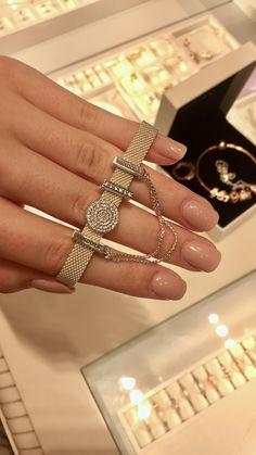 ♡ beautiful Pandora reflexions bracelet ♡