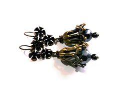 Free shipping.Gemstone earrings.Hematite by Jewelry2Heart on Etsy