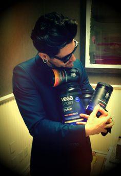 "AFI singer Davey Havok loves his Vega! ""Presents from the Dior of vegan supplements. Thank you for keeping me healthy @VegaTeam #VegaSport"" Love our Vega fans!"