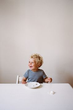 The Kinfolk Table: Recipes for Small Gatherings Cute Kids, Cute Babies, Baby Kids, Little People, Little Boys, The Kinfolk Table, Baby Family, Beautiful Children, Baby Fever