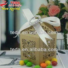 https://www.alibaba.com/product-detail/decorative-wedding-favor-box_1584744842.html