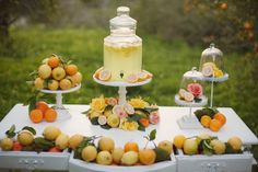 Citrus lemonade table - summer
