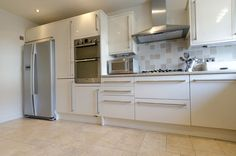kitchen with american fridge freezer - Hľadať Googlom