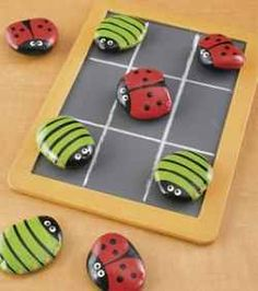 I like nothing more that surfing the net and discover crafts and specially the Christmas crafts and Halloween ones.     Bugsy Tic Tac Toe  In this...