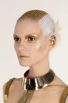Der Star Wars Look in Gold: Schminktipps für Karneval: Hier kommen die kreativsten Looks