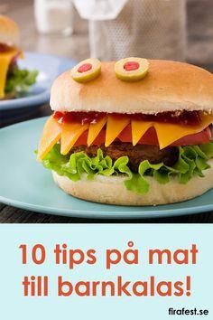 10 tips på enkelt mat till barnkalas. När man ordnar barnkalas är det ofta bra att bjuda på lite mat, inte bara sötsaker. Här finns 10 tips om vad man kan bjuda p�! #barnkalas #mat #kalasmat Mer p� firafest.se/barnkalas