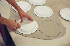 Great Idea for Teachers: A Simple Lesson Plan for Slab-Built Plates with Textured and Stenciled Decoration - Ceramic Arts Network Tutorial: Slab-Built Plates with Textured and Stenciled Decoration Ceramics Hand-building Glaze Glazing technique Hand Built Pottery, Slab Pottery, Ceramic Pottery, Thrown Pottery, Ceramics Projects, Clay Projects, Clay Crafts, Ceramics Ideas, Clay Plates