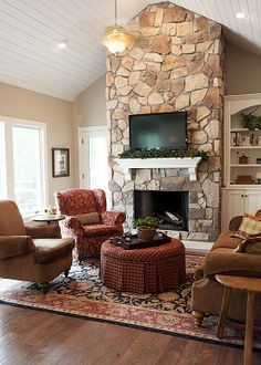 Country Living Room - Found on Zillow Digs