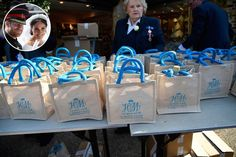 Prince Harry and Meghan Markle Gave Their Guests Goodie Bags at the Royal Wedding- TownandCountrymag. Wedding Gift Bags, Wedding Gifts For Guests, Diy Wedding Favors, Megan And Harry Wedding, Prince Harry And Megan, Houston, Top Wedding Trends, Wedding Ideas, Meghan Markle Wedding