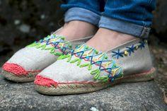 AH!_ Workshop embroidered  sandals