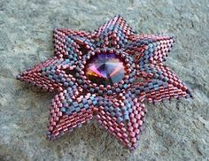 Vezsuzsi gyöngyei: 7sziromvirág  beaded star #afs Collection
