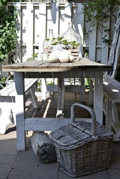 lovely barn table  basiclabelsweden