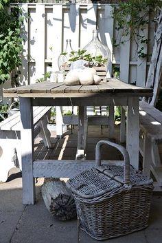 lovely barn table  basiclabelsweden