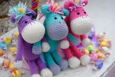 Molly the Magical Unicorn Free Crochet Pattern Oh, amigurumi unicorns! Molly the Magical Unicorn is very cute, comes in. Crochet Gratis, Crochet Amigurumi, Amigurumi Patterns, Crochet Dolls, Free Crochet, Baby Knitting Patterns, Crochet Patterns, Crochet Unicorn Pattern, Crochet Whale