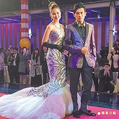 台北婚宴上低胸爆乳貼身曲線的魚尾禮服,十分性感。約70萬元
