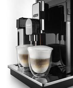 Nespresso, Coffee Maker, Kitchen Appliances, Fresh Coffee, Coffee Making Machine, Vending Machines, Coffee Maker Machine, Diy Kitchen Appliances, Coffee Percolator