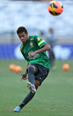 Neymar this kids a baller for real